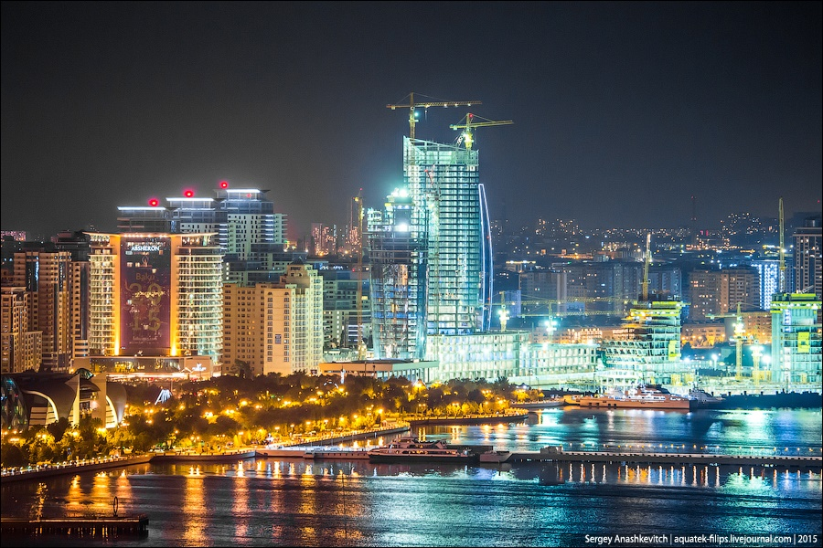 Azerbaijan: Brilliance and poverty on the streets of night Baku - 6