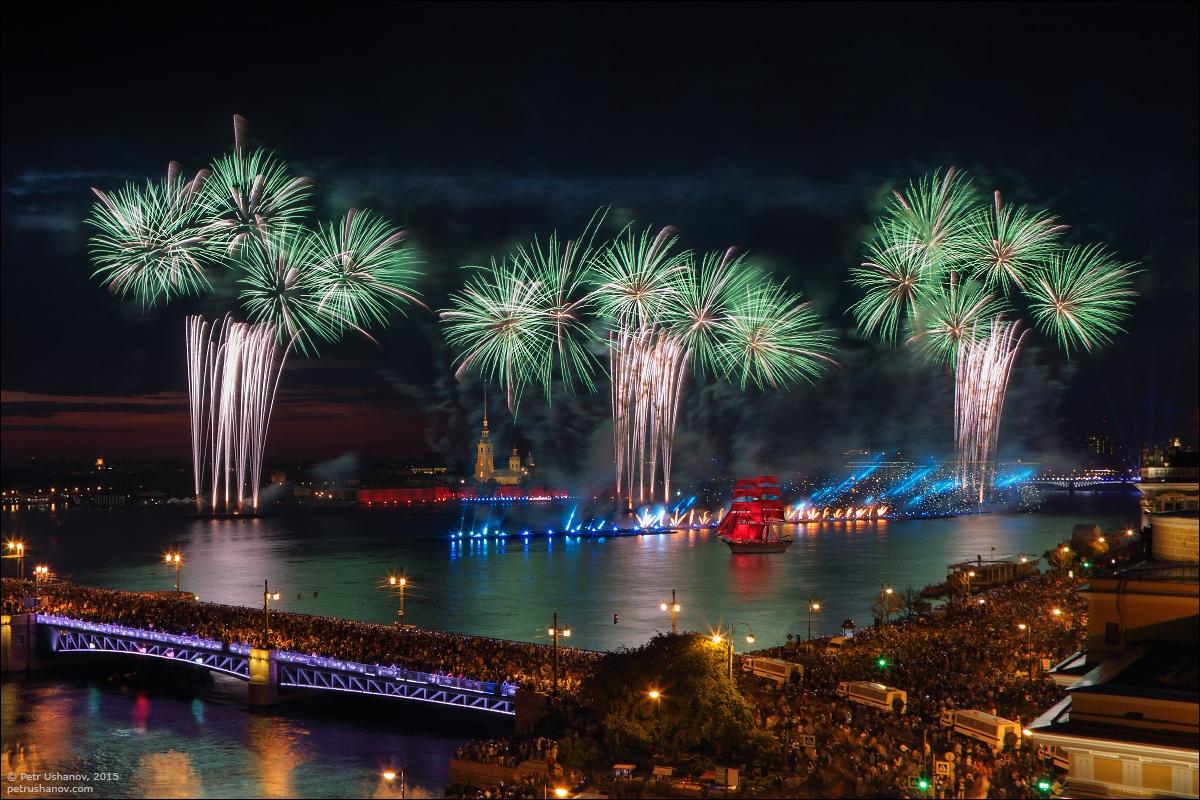 Scarlet Sails 2015: Bright fireworks show in Saint Petersburg - 19