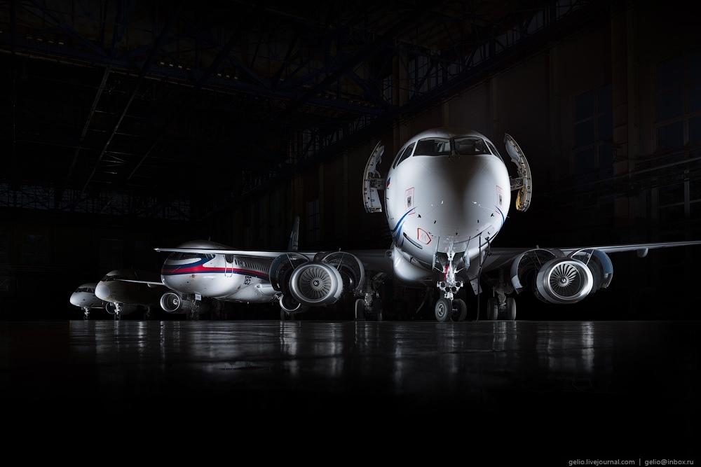 Sukhoi Superjet 100: Modern Russian passenger jet airliner - 16
