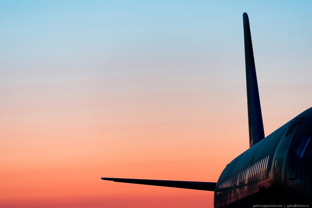 Sukhoi Superjet 100: Modern Russian passenger jet airliner - 22