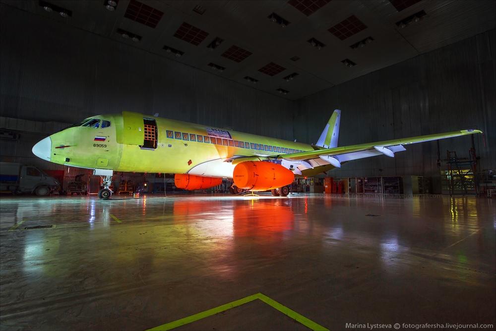 Sukhoi Superjet 100: Modern Russian passenger jet airliner - 23