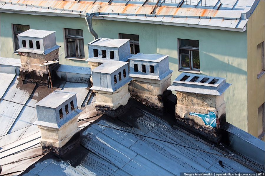Above the city: Walking on the roofs in Saint Petersburg - 10
