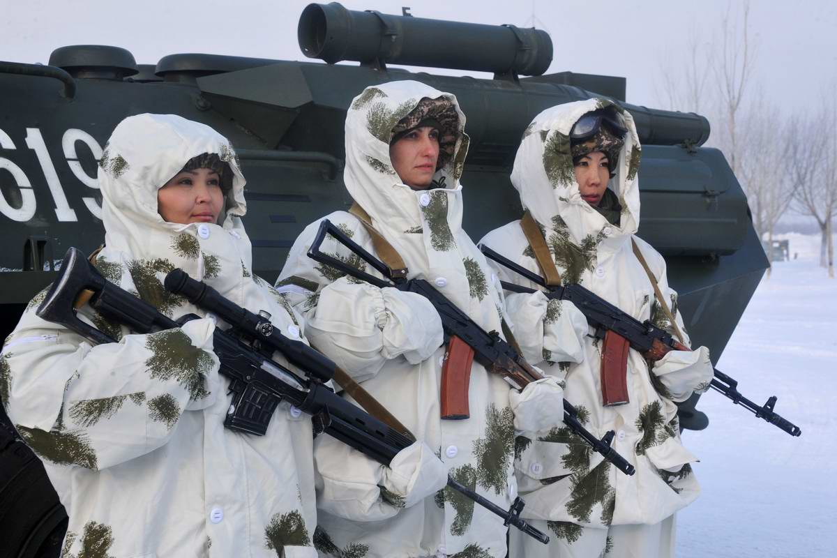 Feminine Armed Forces: Girls from the army of Kazakhstan - 18