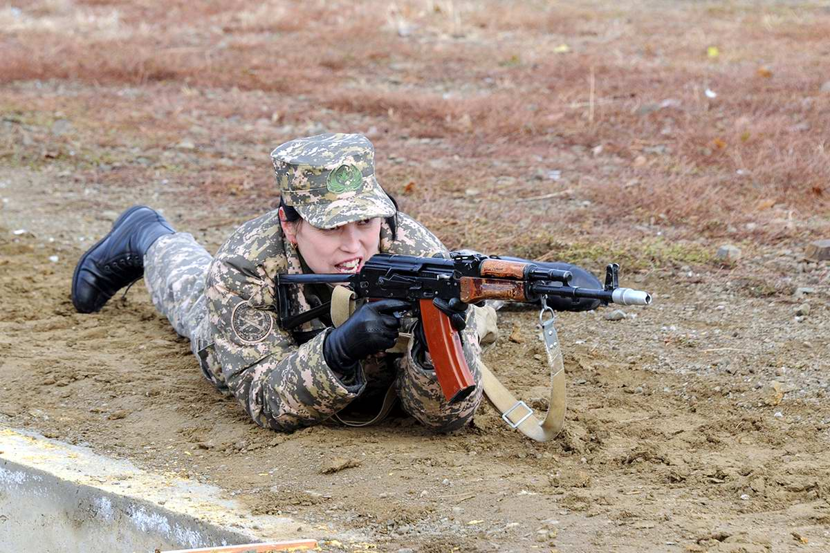 Feminine Armed Forces: Girls from the army of Kazakhstan - 22