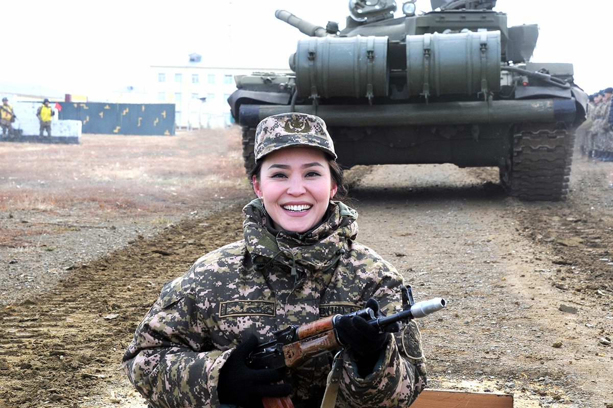 Feminine Armed Forces: Girls from the army of Kazakhstan - 5