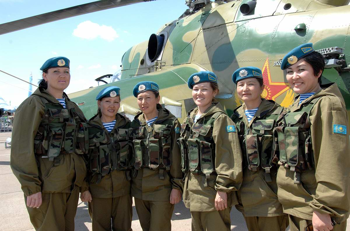 Feminine Armed Forces: Girls from the army of Kazakhstan - 9