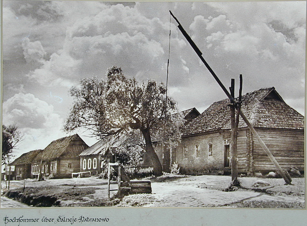 Soviet village during WWII on the photos of Asmus Remmer - 18