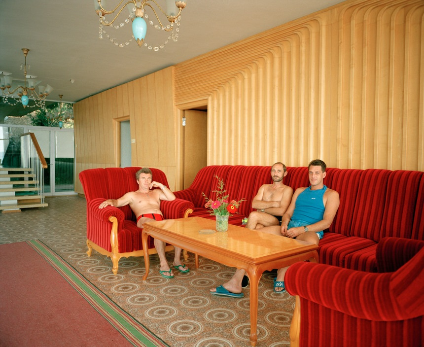 Ukraine 1990s: The city of Yalta on photos by Martin Parr - 8
