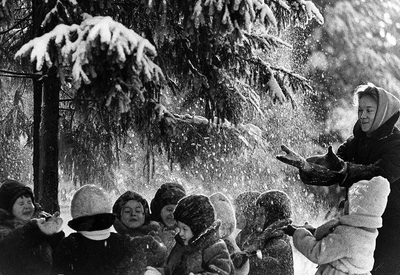 Vintage photos of the harsh winter in the era of Soviet Union - 1