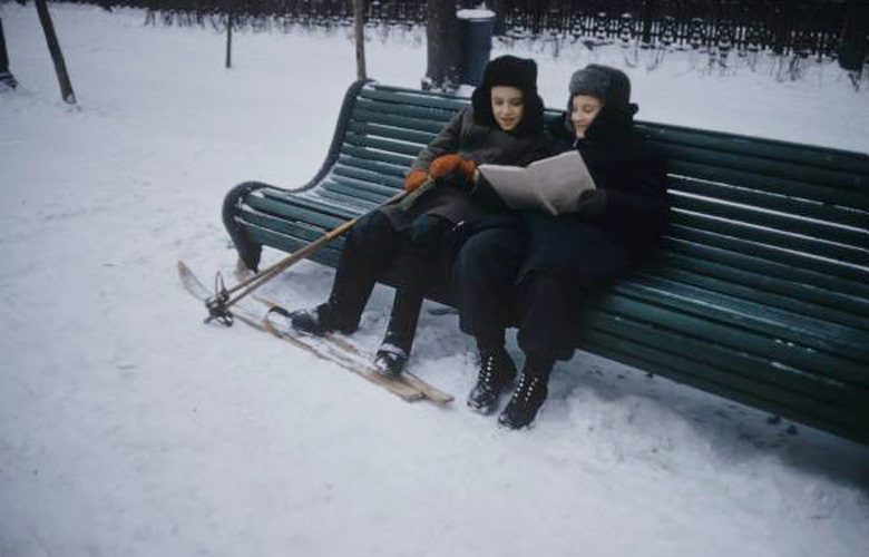 Vintage photos of the harsh winter in the era of Soviet Union - 10