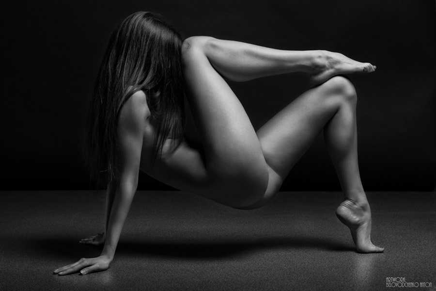 Womens shapes: Bodyscape photos by Anton Belovodchenko - 11