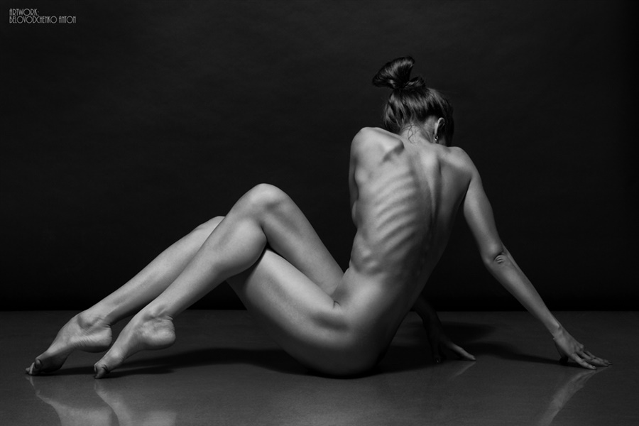 Womens shapes: Bodyscape photos by Anton Belovodchenko - 23