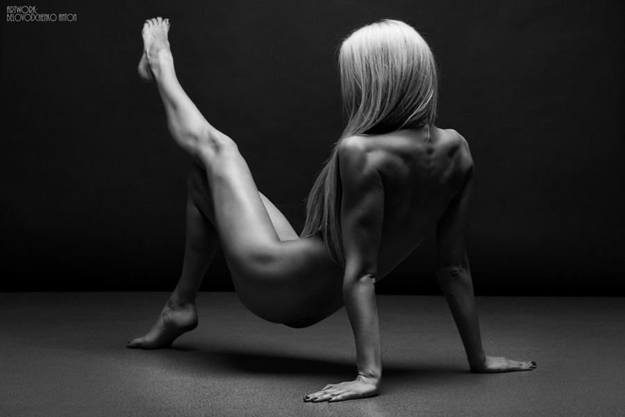 Womens shapes: Bodyscape photos by Anton Belovodchenko - 26