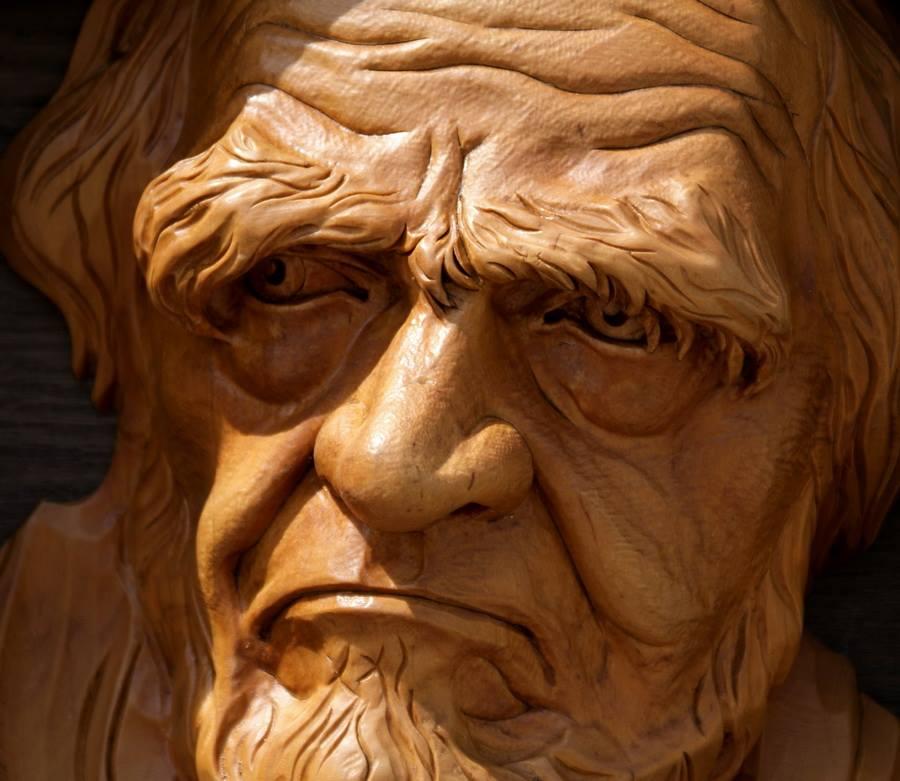 Impressive carved wood and bone figures by Andrey Sagalov - 10