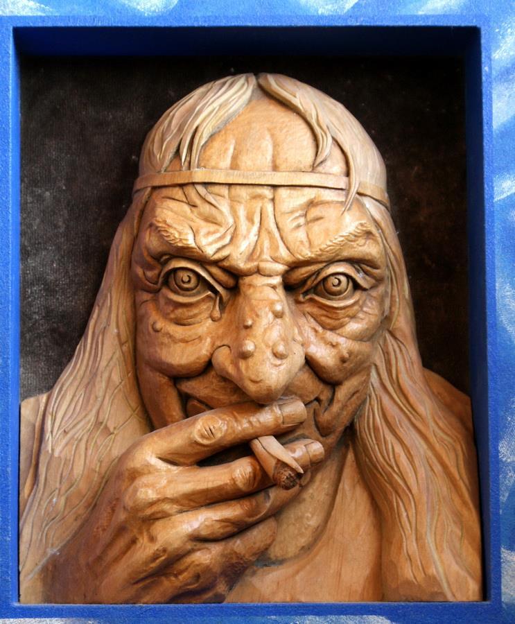 Impressive carved wood and bone figures by Andrey Sagalov - 14