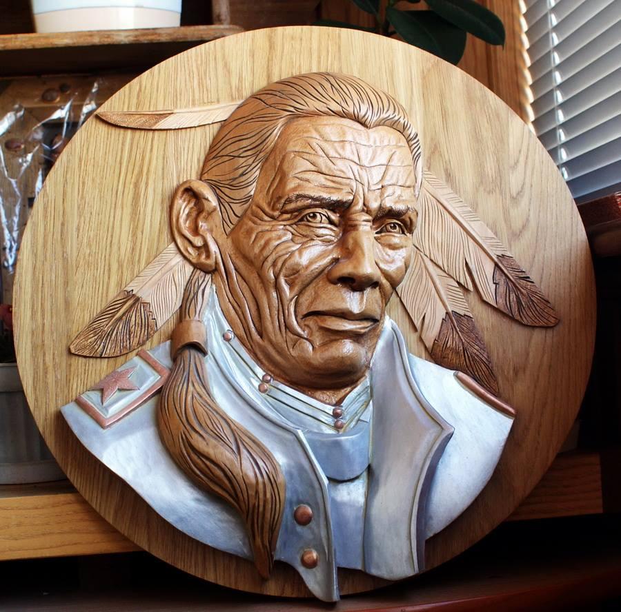 Impressive carved wood and bone figures by Andrey Sagalov - 18
