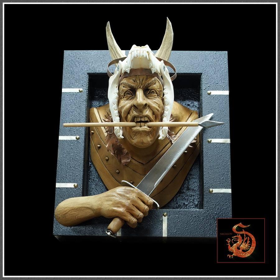 Impressive carved wood and bone figures by Andrey Sagalov - 2