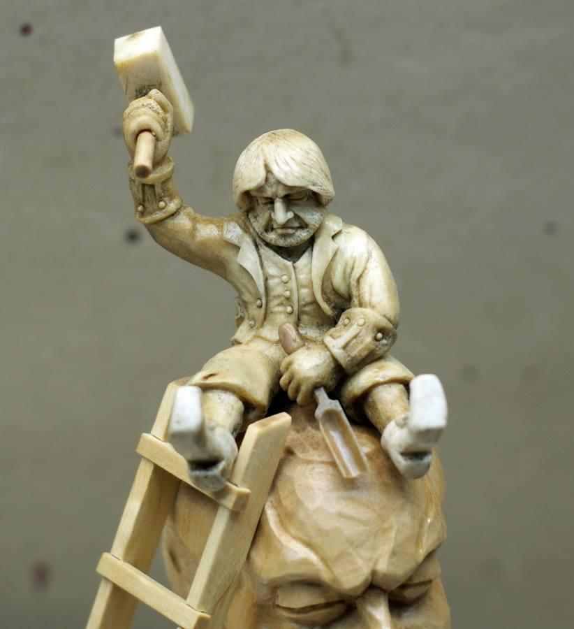 Impressive carved wood and bone figures by Andrey Sagalov - 20