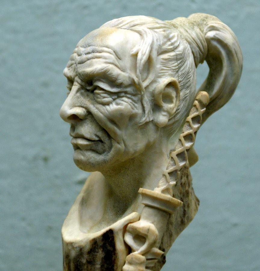 Impressive carved wood and bone figures by Andrey Sagalov - 28