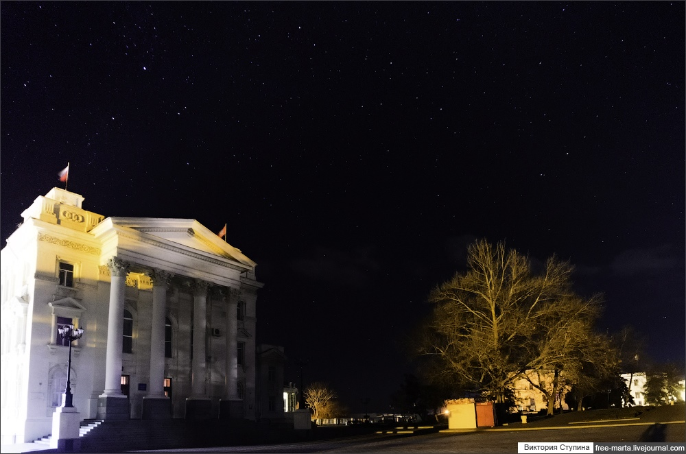 Starry sky of Sevastopol on photographs by Victoria Stupina - 5