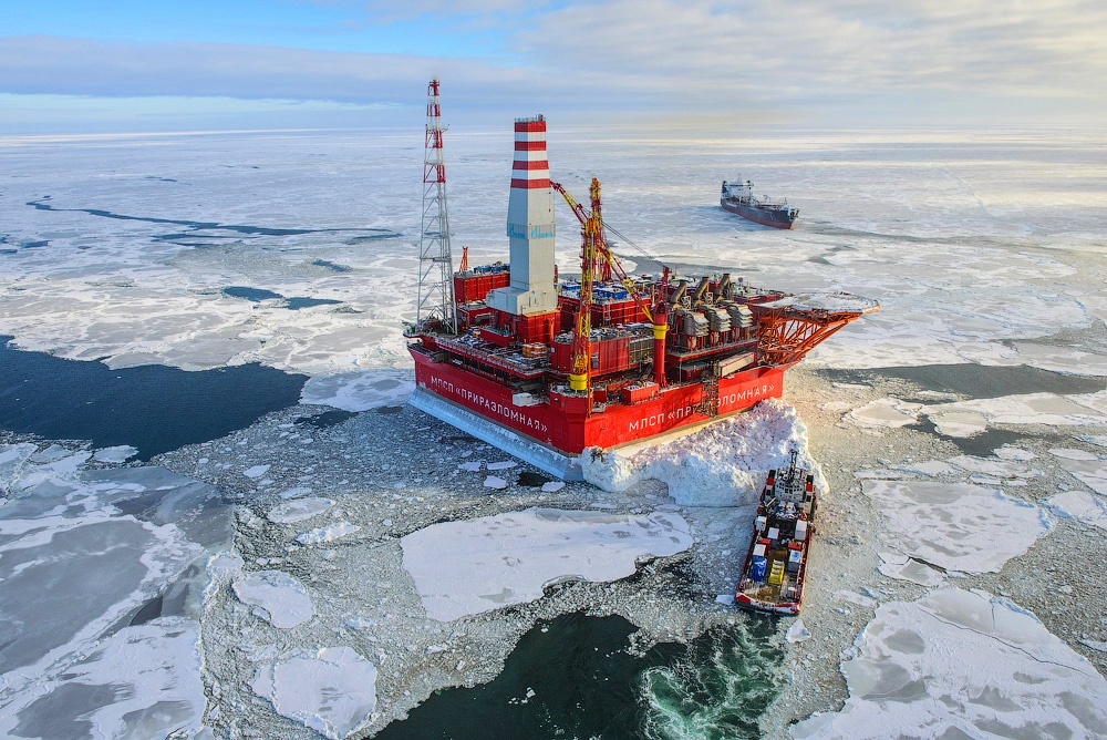 Russian ice-resistant oil platform Prirazlomnaya in the Arctic - 19