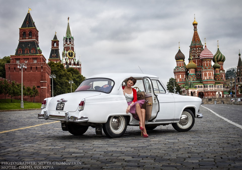 Photo-shoots with Russian beauties and Soviet cars - 23
