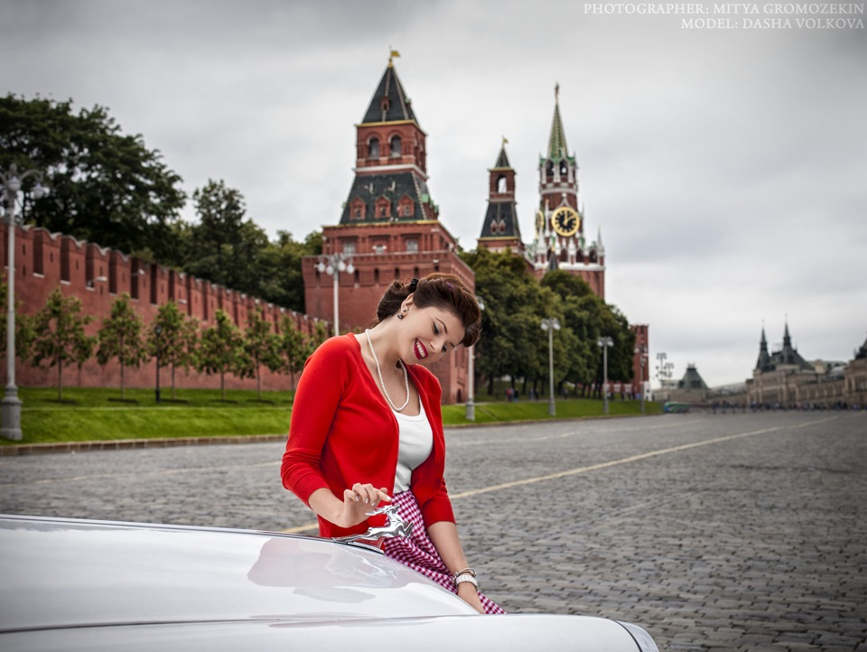 Photo-shoots with Russian beauties and Soviet cars - 25