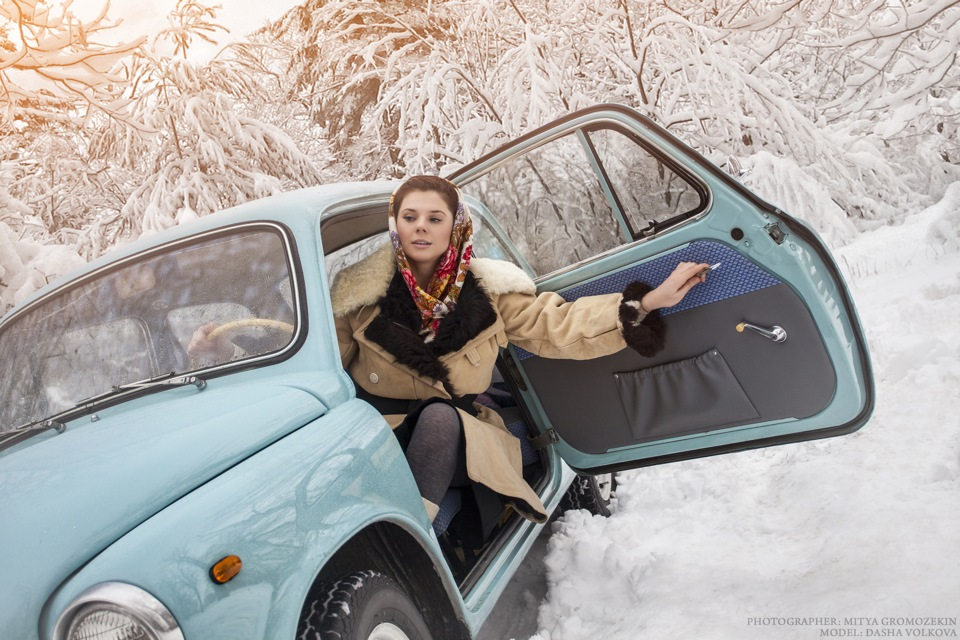 Photo-shoots with Russian beauties and Soviet cars - 4