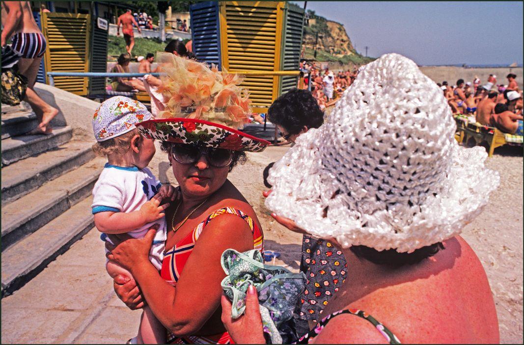Ukraine in 1982: Soviet Odessa in photographs by Ian Berry - 13