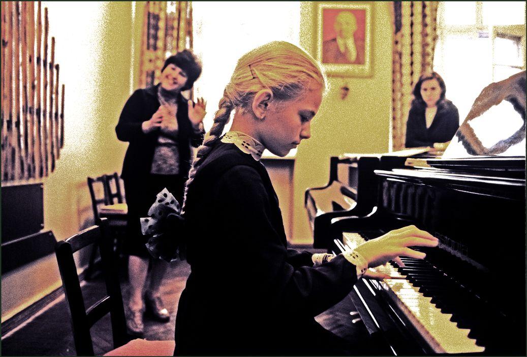 Ukraine in 1982: Soviet Odessa in photographs by Ian Berry - 54