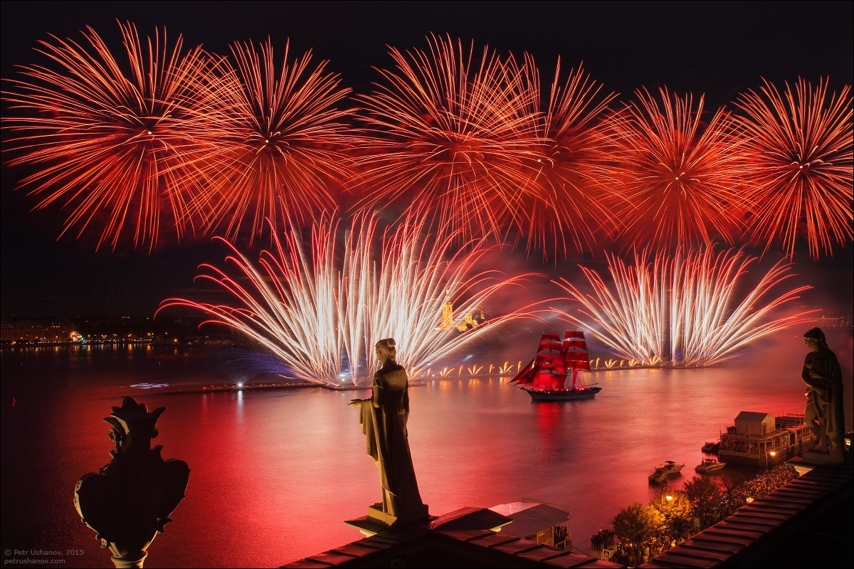 Scarlet Sails 2015: Bright fireworks show in Saint Petersburg - 18