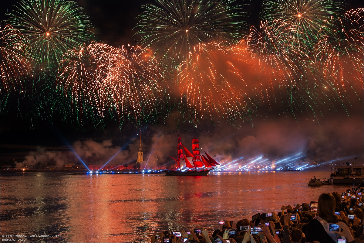 Scarlet Sails 2015: Bright fireworks show in Saint Petersburg - 20