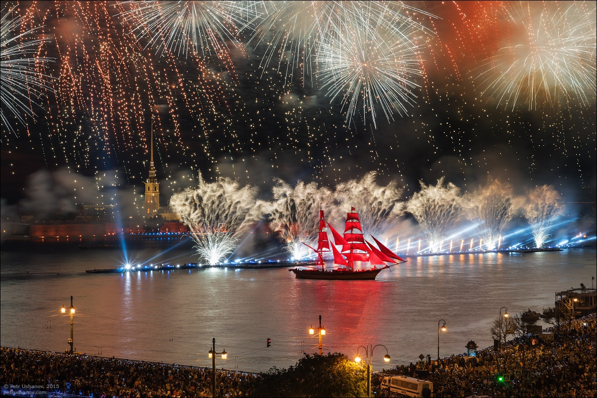 Scarlet Sails 2015: Bright fireworks show in Saint Petersburg - 21