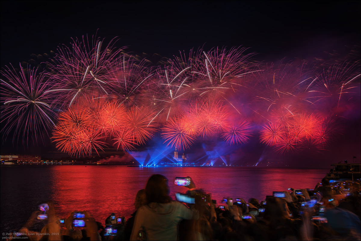 Scarlet Sails 2015: Bright fireworks show in Saint Petersburg - 6