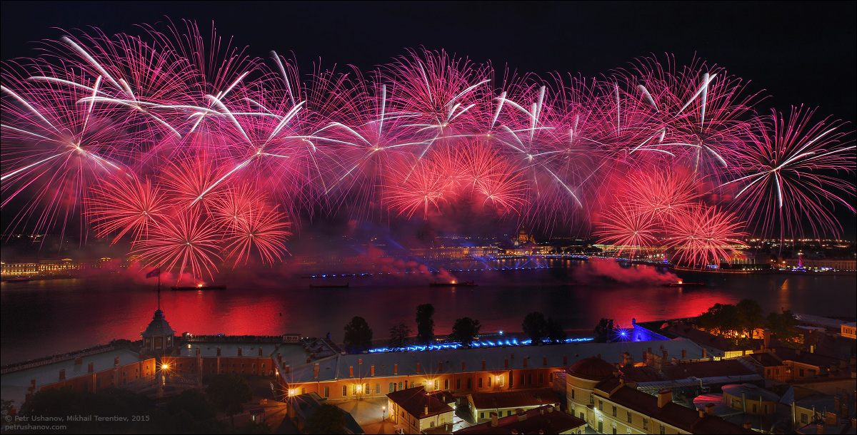 Scarlet Sails 2015: Bright fireworks show in Saint Petersburg - 7