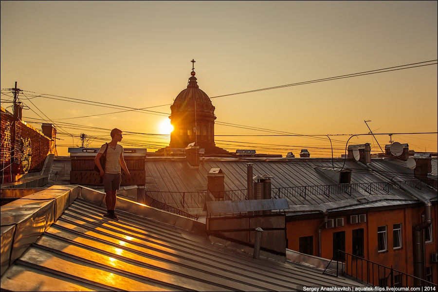 Above the city: Walking on the roofs in Saint Petersburg - 14