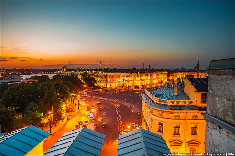 Above the city: Walking on the roofs in Saint Petersburg - 23