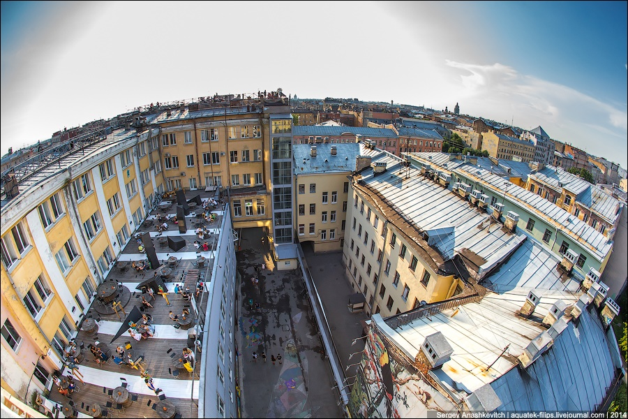Above the city: Walking on the roofs in Saint Petersburg - 6