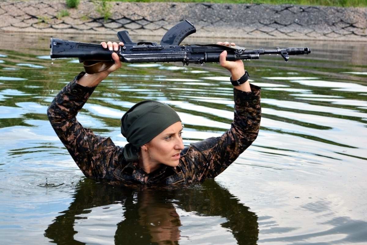 Feminine Armed Forces: Girls from the army of Kazakhstan - 11