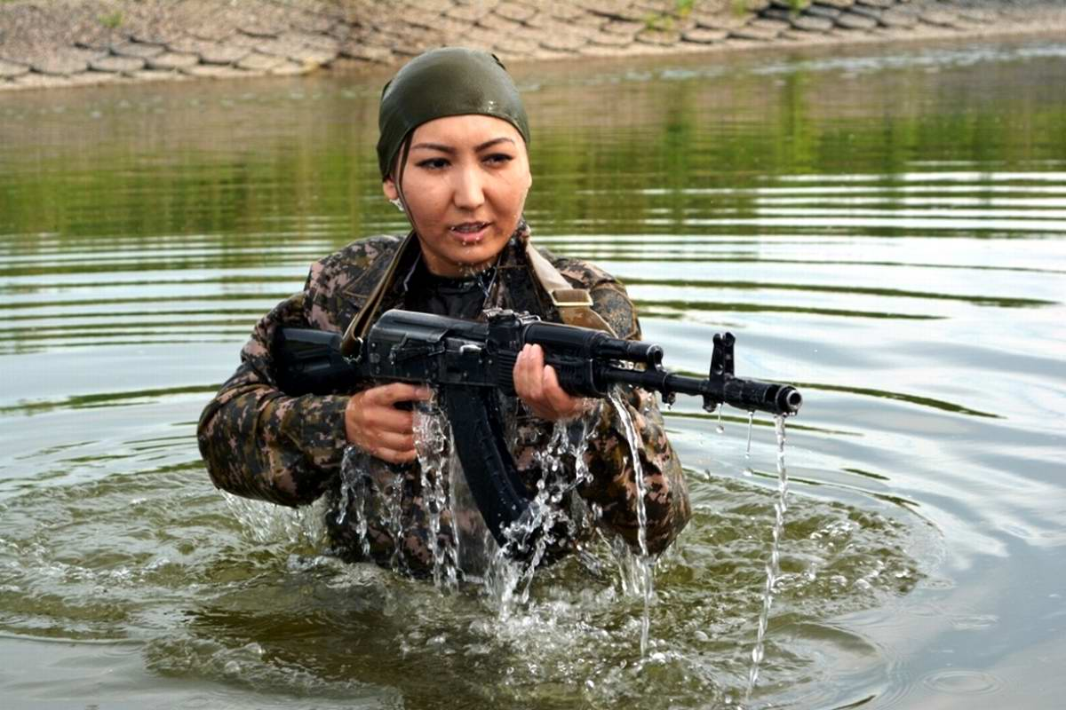 Feminine Armed Forces: Girls from the army of Kazakhstan - 3