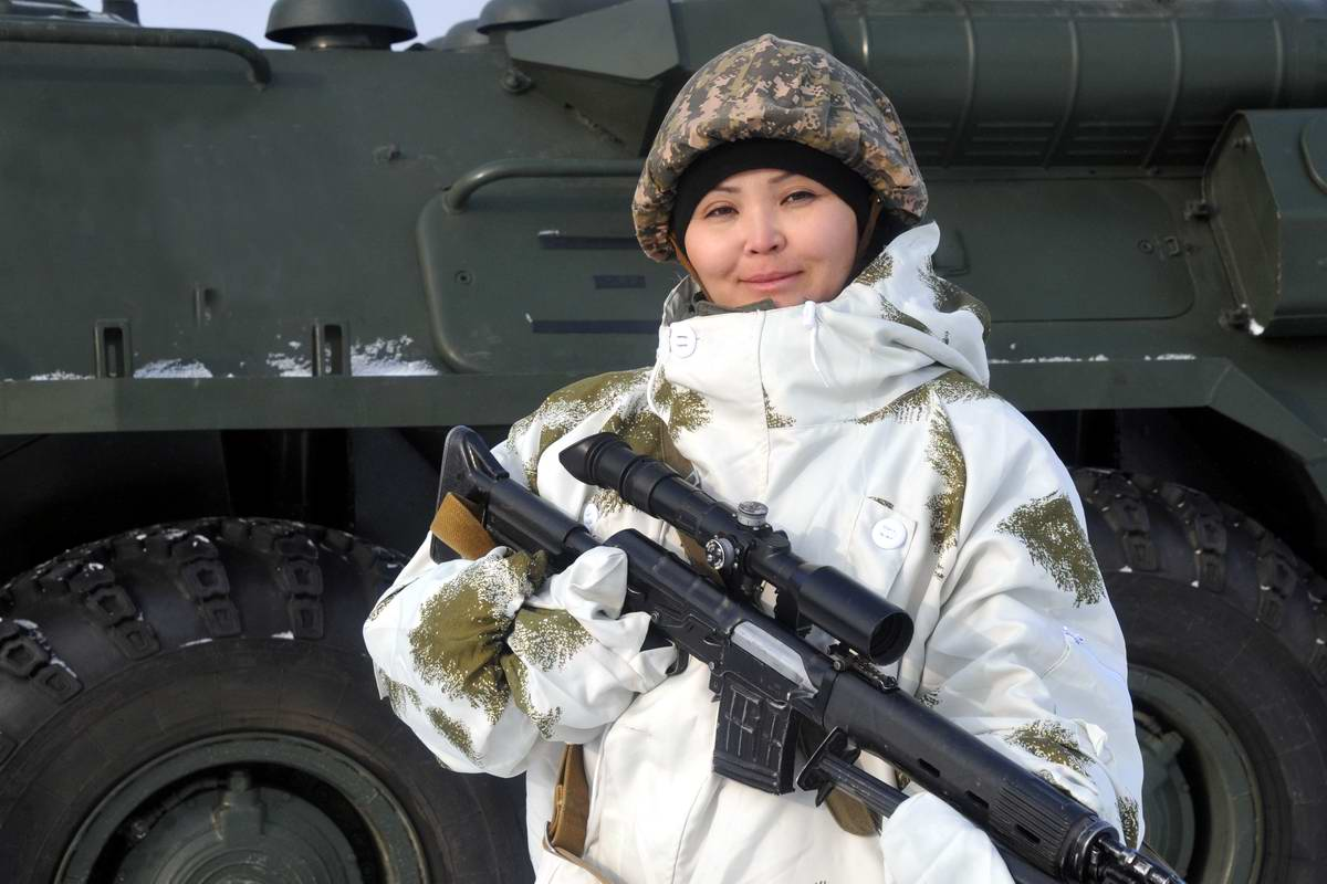 Feminine Armed Forces: Girls from the army of Kazakhstan - 30