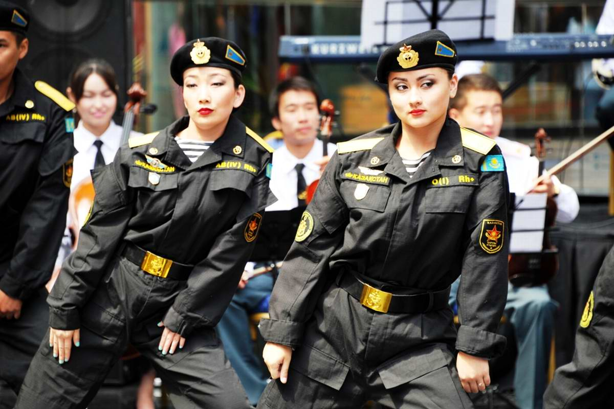 Feminine Armed Forces: Girls from the army of Kazakhstan - 4