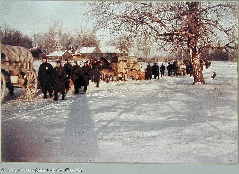 Soviet village during WWII on the photos of Asmus Remmer - 21