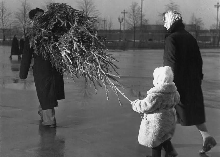 Vintage photos of the harsh winter in the era of Soviet Union - 47