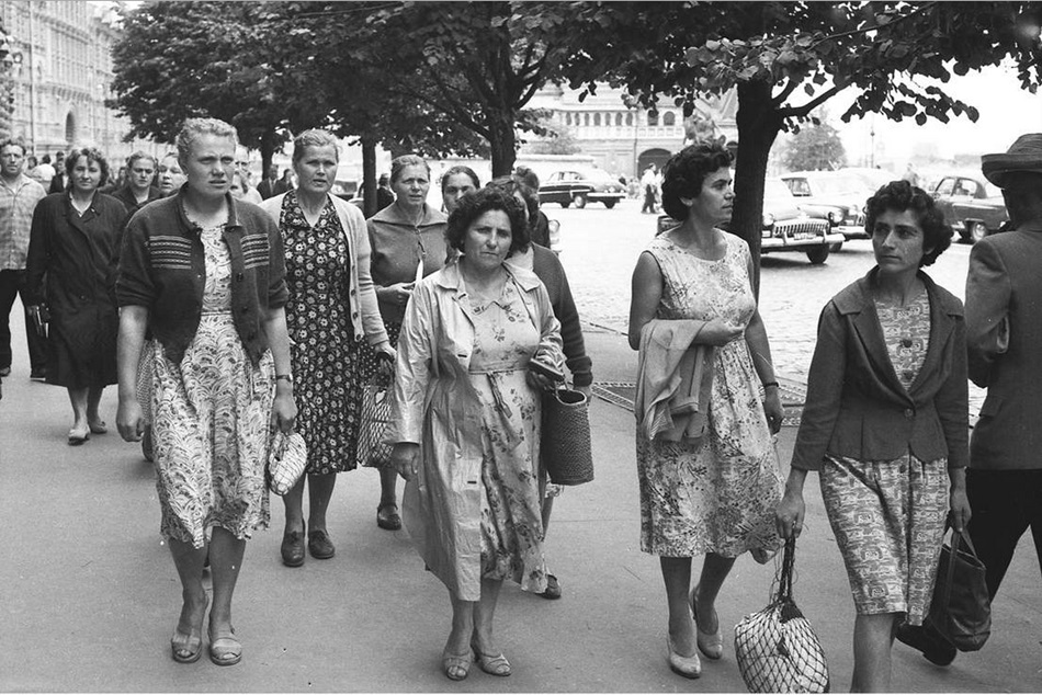 Moscow in 1963: Vintage photographs by Gerald Bloncourt - 38
