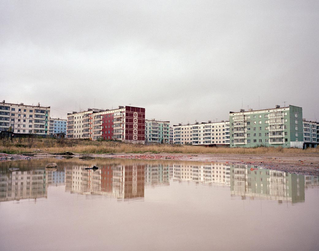 Motherland: Photos of unfeigned Russia by Simon Roberts - 11