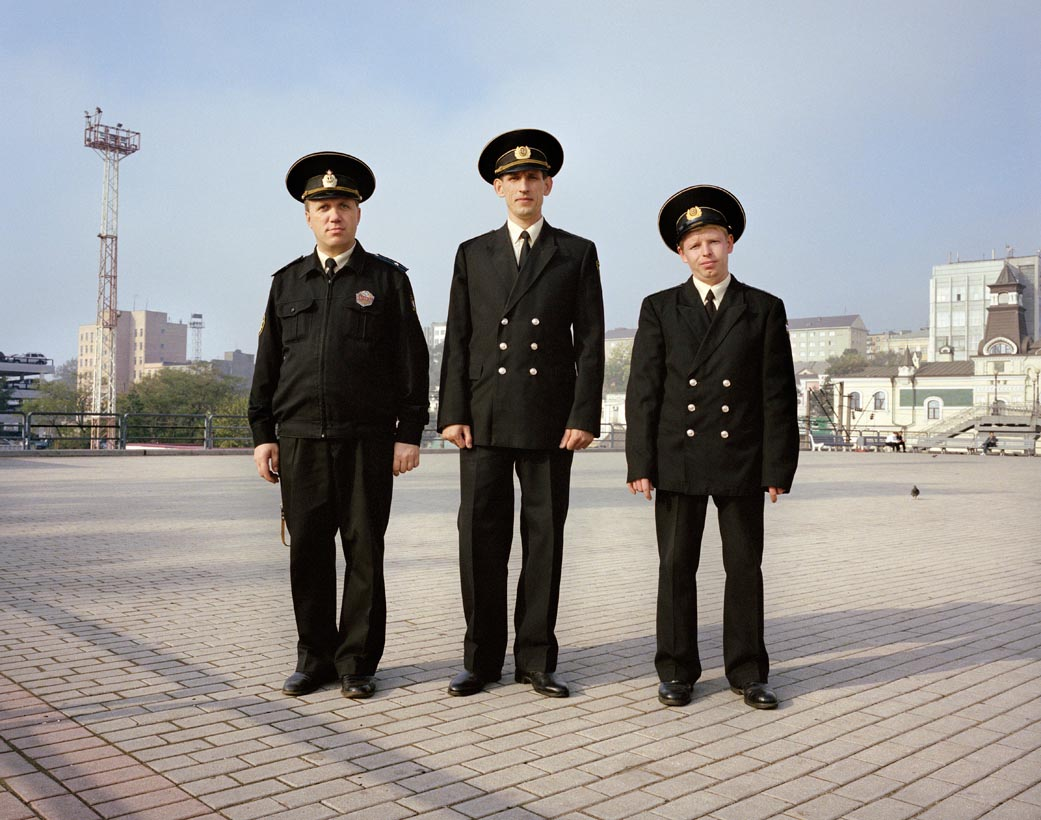 Motherland: Photos of unfeigned Russia by Simon Roberts - 13