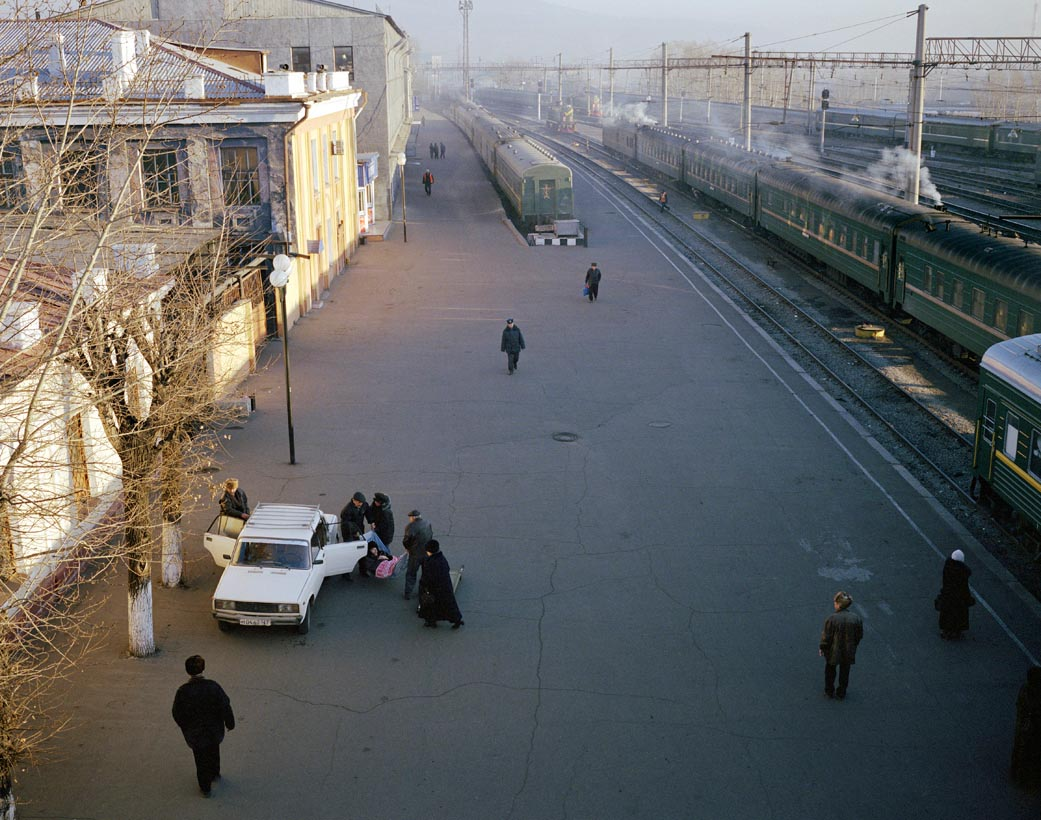 Motherland: Photos of unfeigned Russia by Simon Roberts - 15