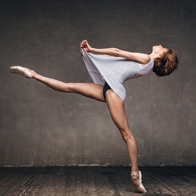Art of graceful ballet dancing on photos by Alexander Yakovlev - 18