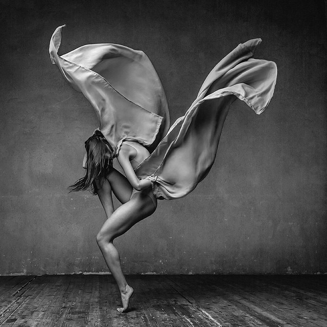 Art of graceful ballet dancing on photos by Alexander Yakovlev - 21